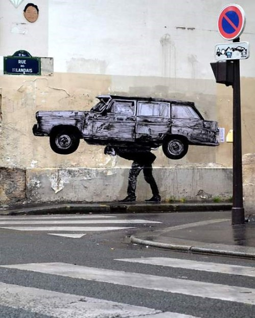 'Enlèvement' New Street Piece by Levalet In Paris