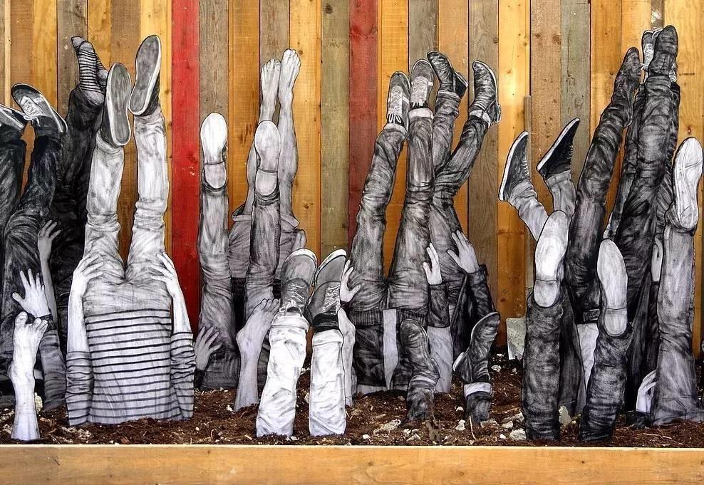LEVALET. Culture. La réserve Malakoff - Exposition le grand 8 - 2016